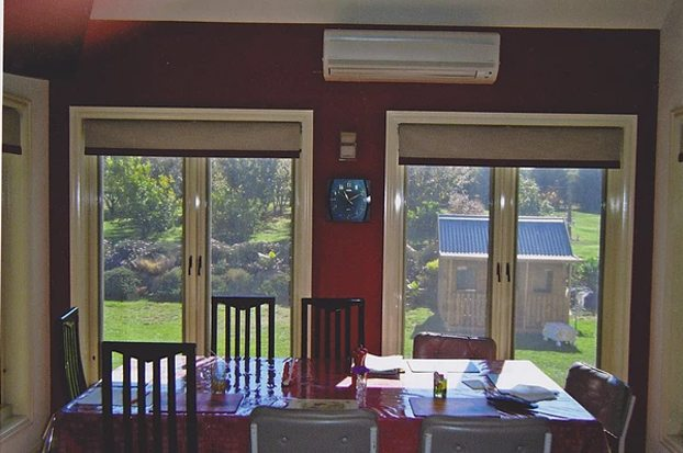 Bonded Holland blinds with Trim