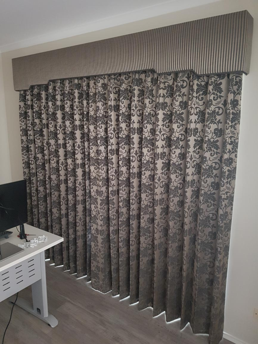 Pinch Pleated Lined Curtains with Padded Pelmet