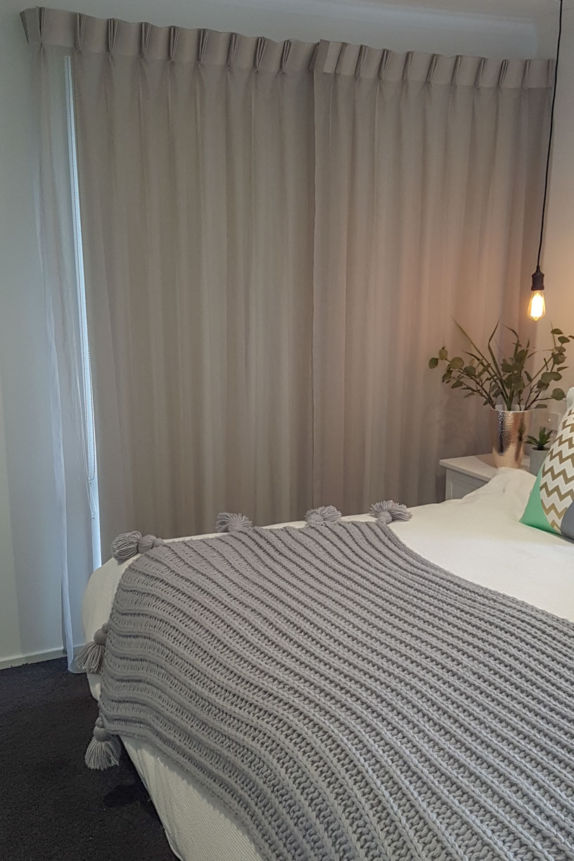 Sheer Pinch Pleated Curtains with Blockout Roller behind