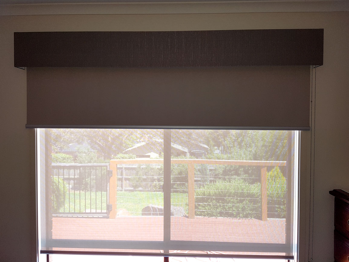 Sheer and Blockout Roller Blinds with Pelmet